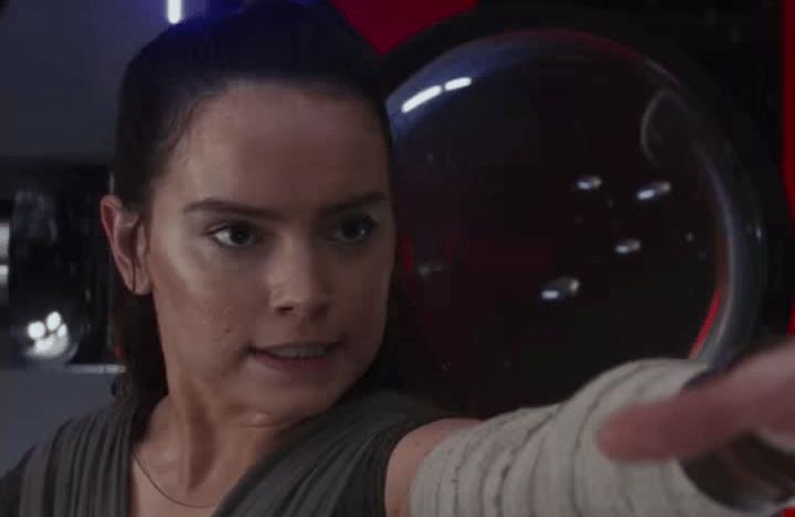 New The Last Jedi TV spots tease a huge scene, plus other interestingshots