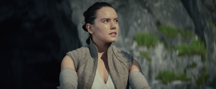 J.J. Abrams shouldn't change Rey's parents, because Rian Johnson's answer is the best one