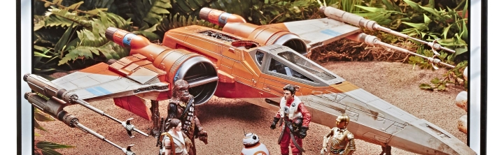 Poe Dameron gets a new orange X-Wing in The Rise of Skywalker… with R2-D2?